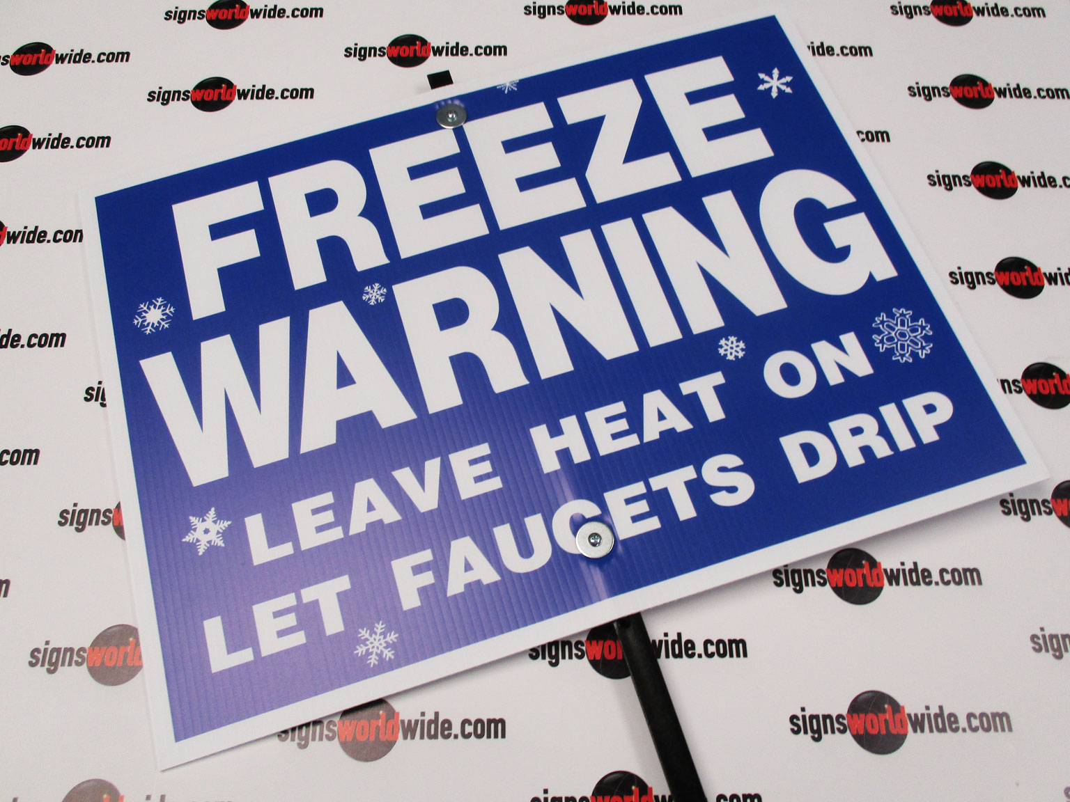 Freeze-Warning-on-steel-stake-front