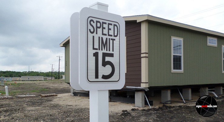 Speed Limit 15 MPH image