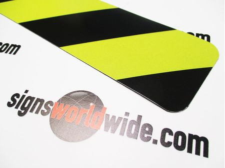 Caution Stripe Magnetic Reflective Sign Image 2
